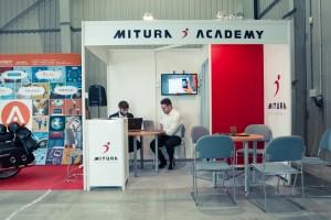 aveex_for_mitura_mistrzostwa-_mlodych_dekarzy_stoisko-9910